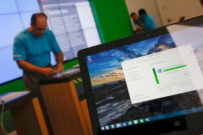 Microsoft again forced users to upgrade Windows 10