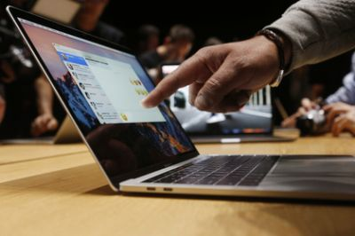USA bans Apple laptops on board