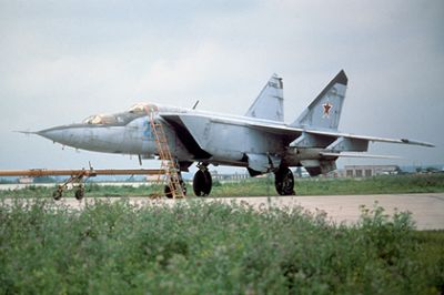 In the US, the world's fastest MiG-25 fighter was called useless